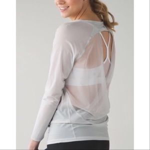 Lululemon If You're Lucky Tee Workout Top Medium